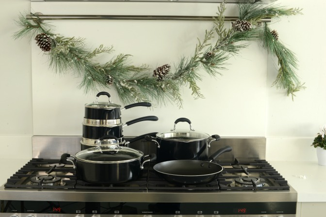 Your essential Christmas cookware guide