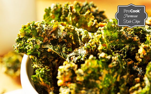 Healthy Parmesan Kale Chips