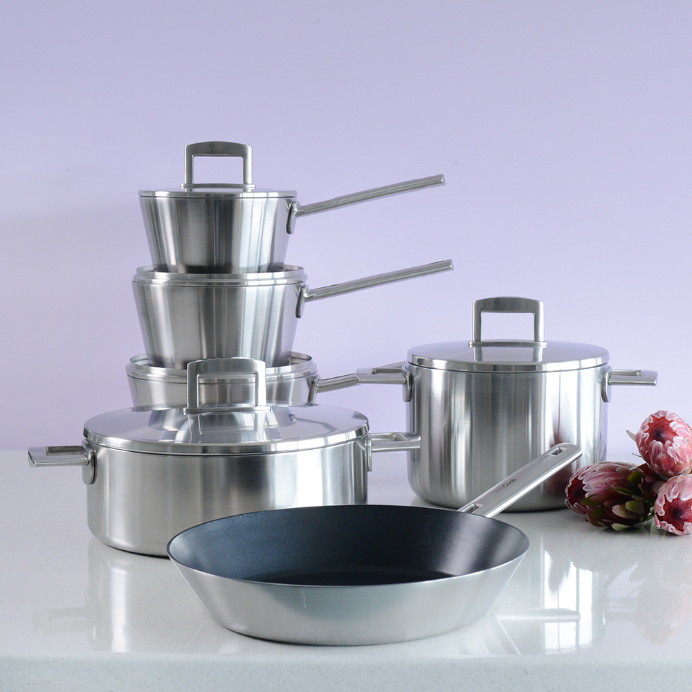 how to choose a cookware set high quality pans