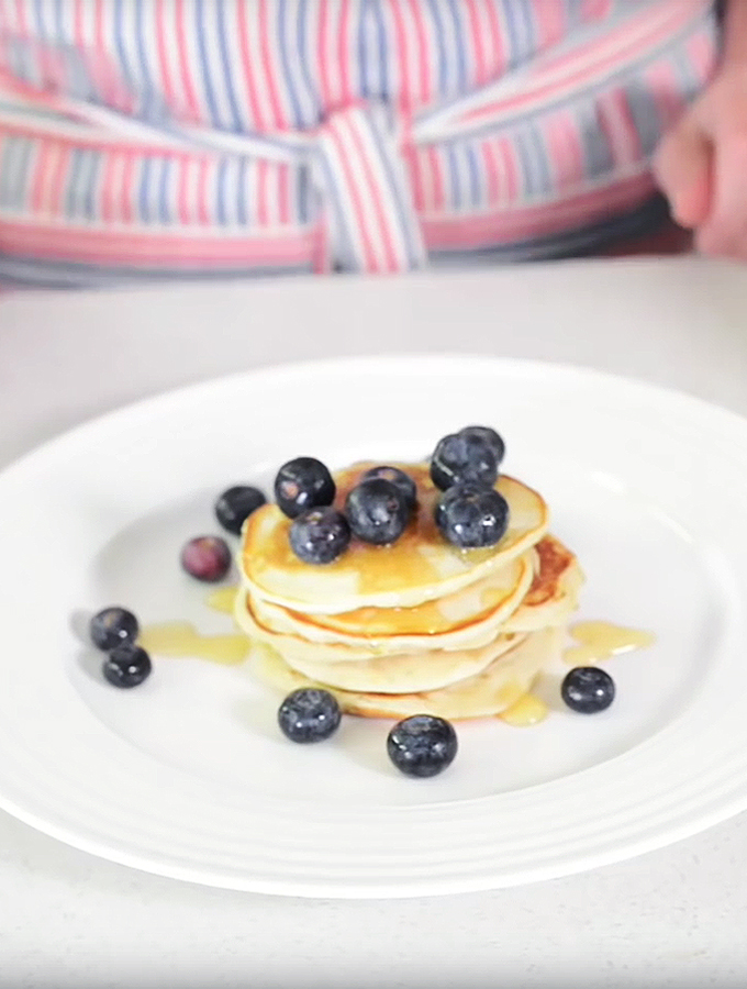 American Style Pancakes on ProCook