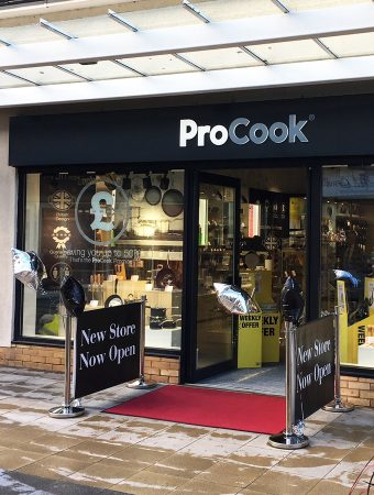 SPRINGFIELDS OUTLET SPALDING OPENS