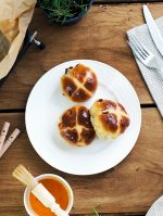 ProCook Easter Hot Cross Buns Recipe
