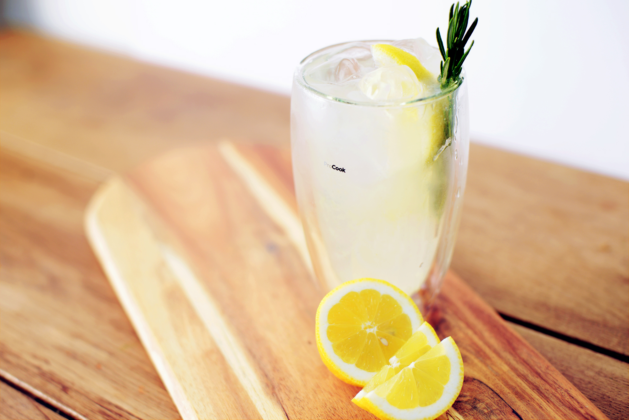 ProCook Tom Collins Cocktail Recipe Landscape Image