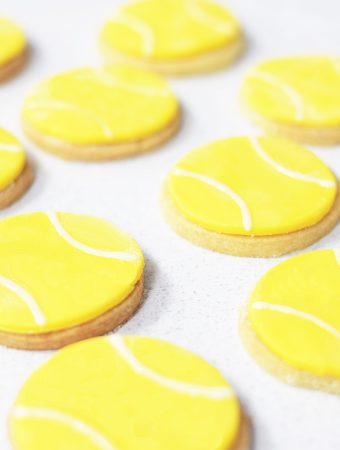 Wimbledon tennis ball shortbread