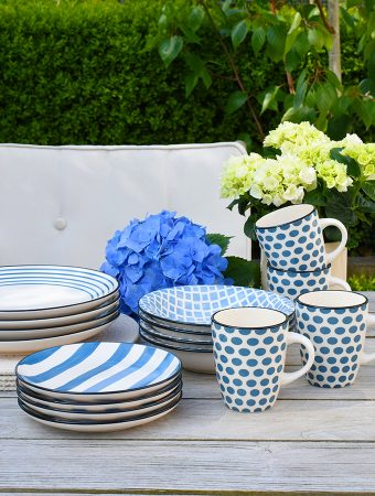 CASUAL TABLEWARE PERFECT FOR SUMMER