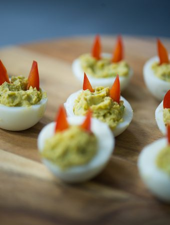 ProCook Halloween Recipe Deviled Avocado Eggs