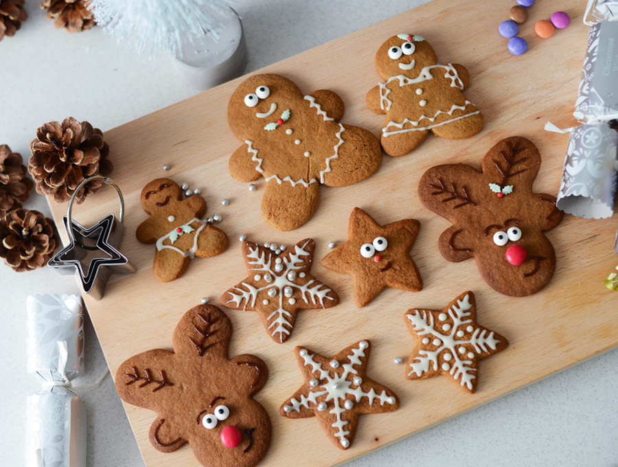 Chewy Gingerbread Biscuits