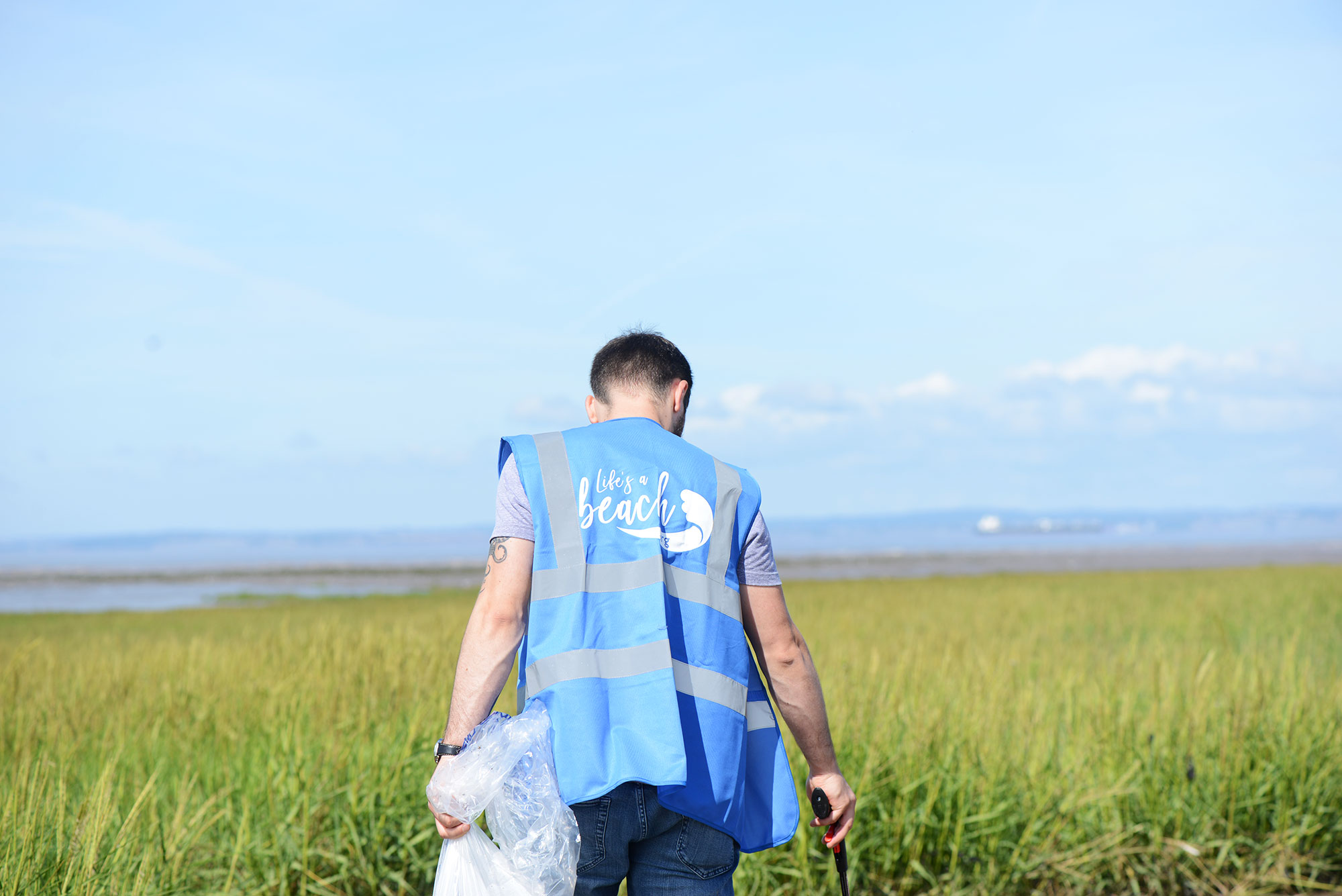 ProCook not-for-profit, Life's a Beach collects 25kg of litter in beach clean