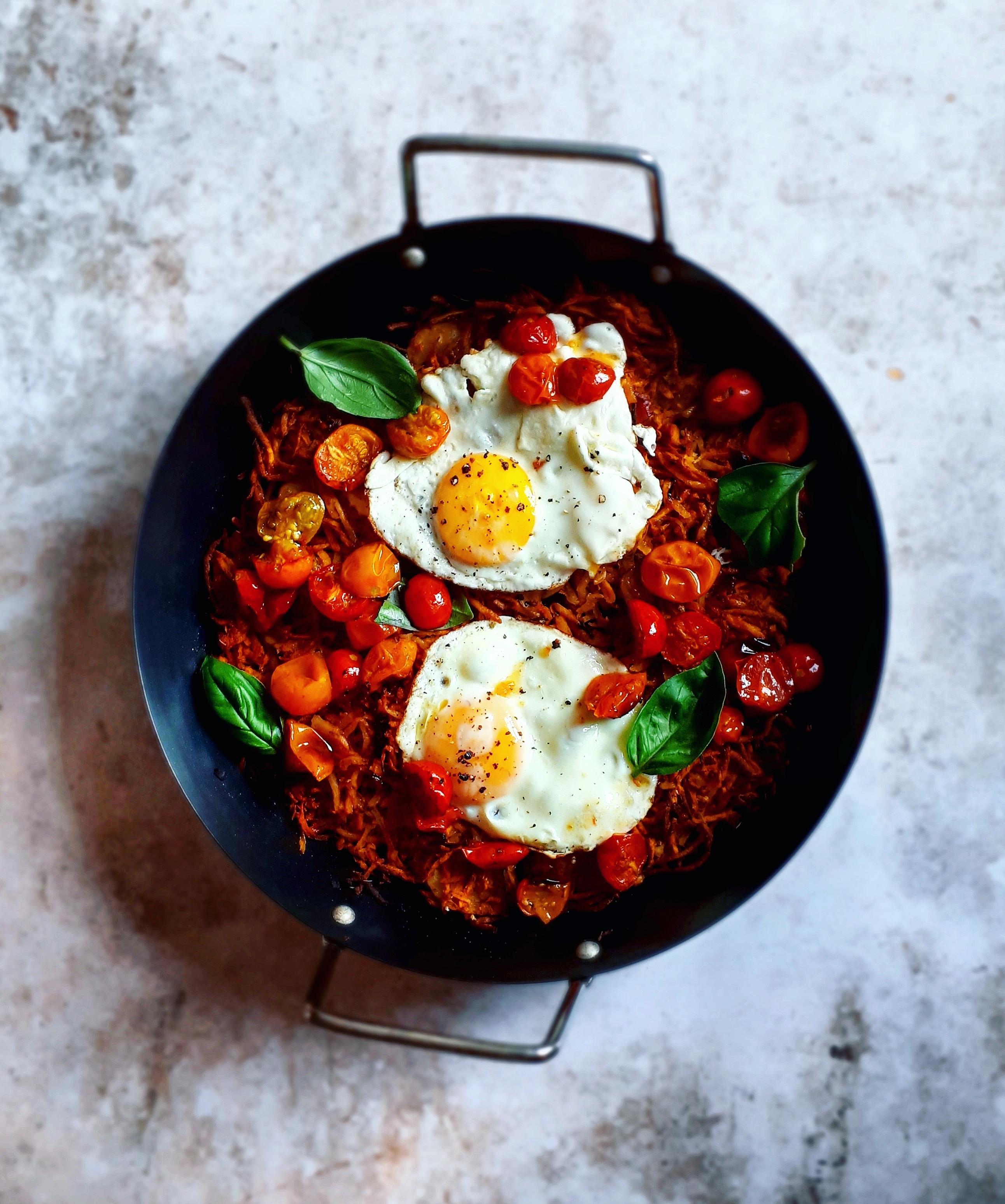 ProCook shares Anna from annaskitchentableshrewsbury oven rosti made in the ProCook Paella Pan