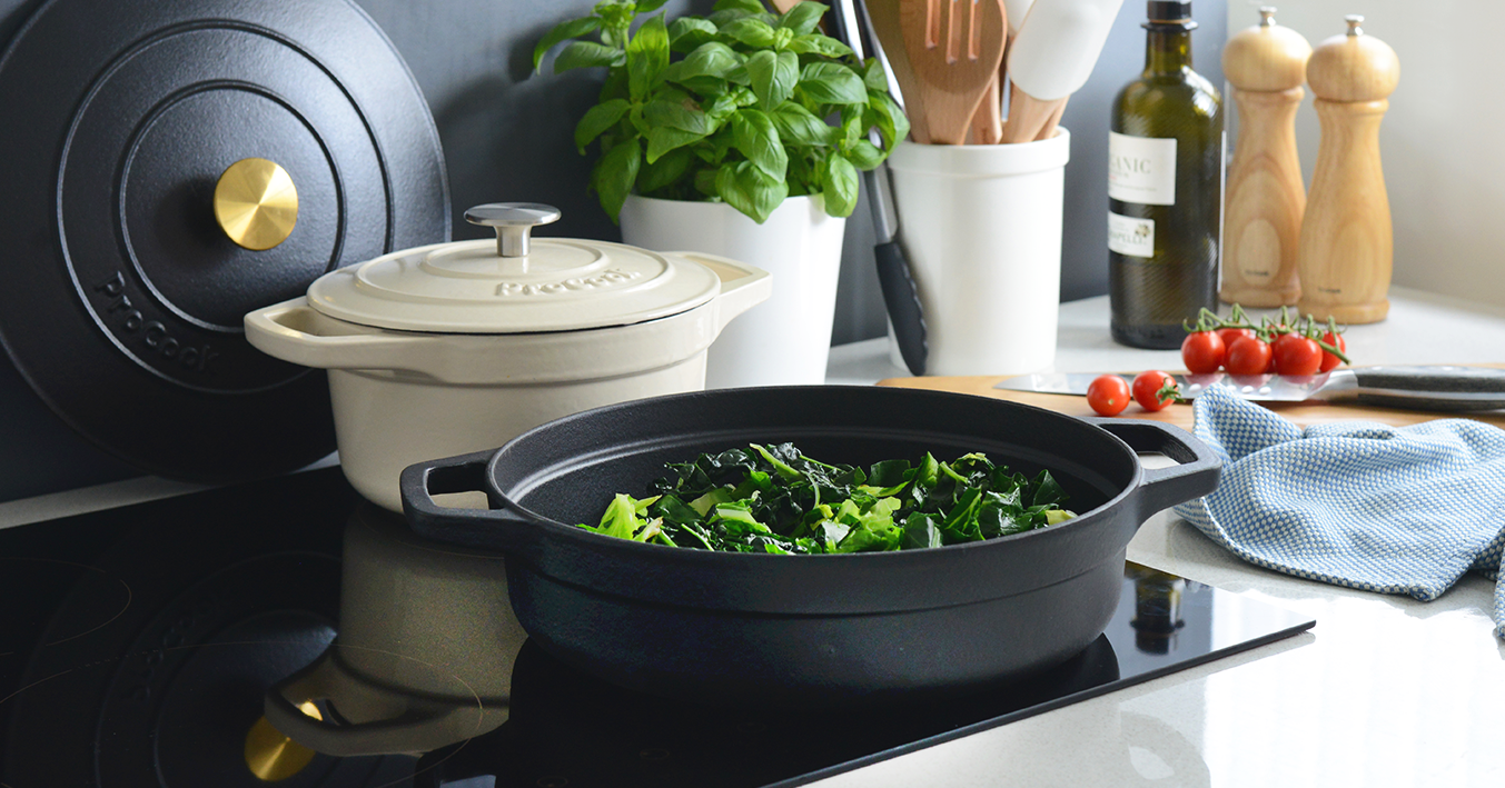 ProCook Cast Iron Set featured in HELLO! Online gift guide