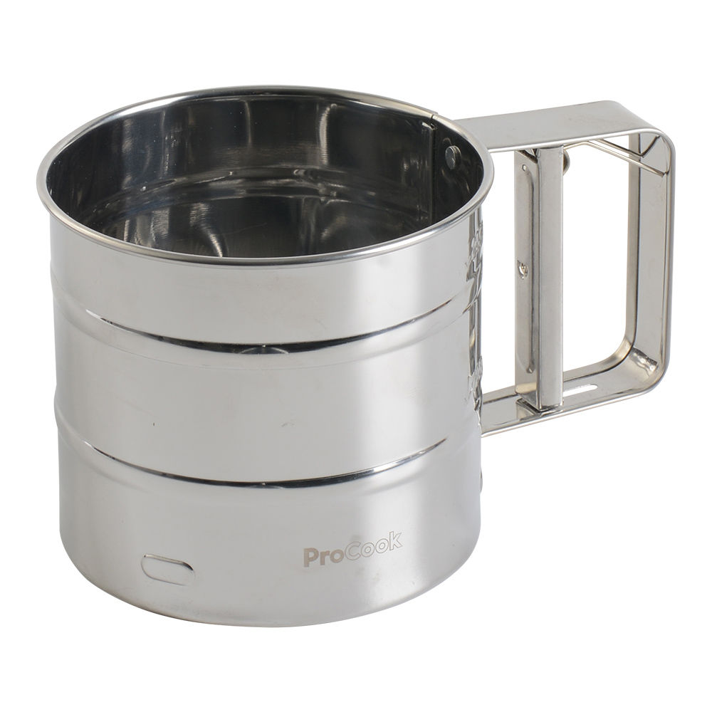ProCook Flour Sifter for making homemade pizza