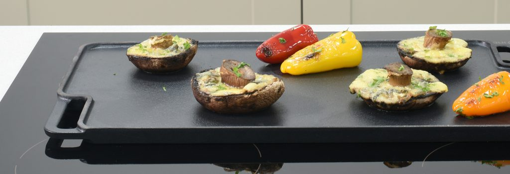 ProCook Reversible Griddle, perfect for making delicious restaurant-standard pizza in your own home!