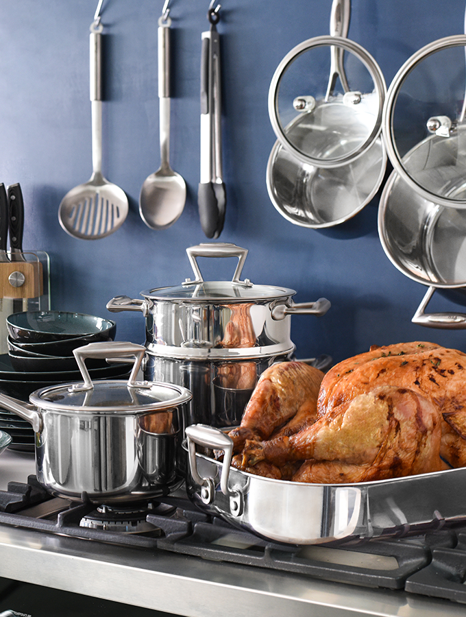 ProCook Elite cookware range on hob with turkey for Christmas