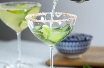 Pouring a ProCook Cucumber Margarita