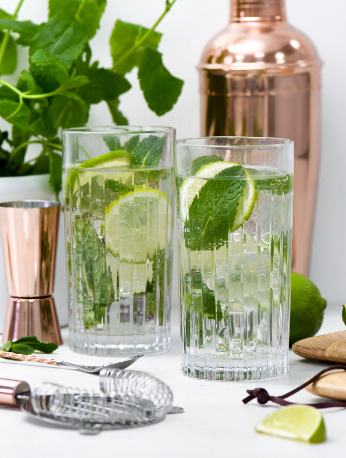 Classic mojito cocktail served in ProCook Ribbed Glasses