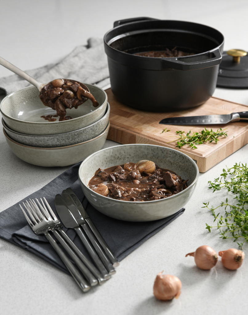 Serving a Boeuf Bourguignon into ProCook Oslo Pasta Bowls